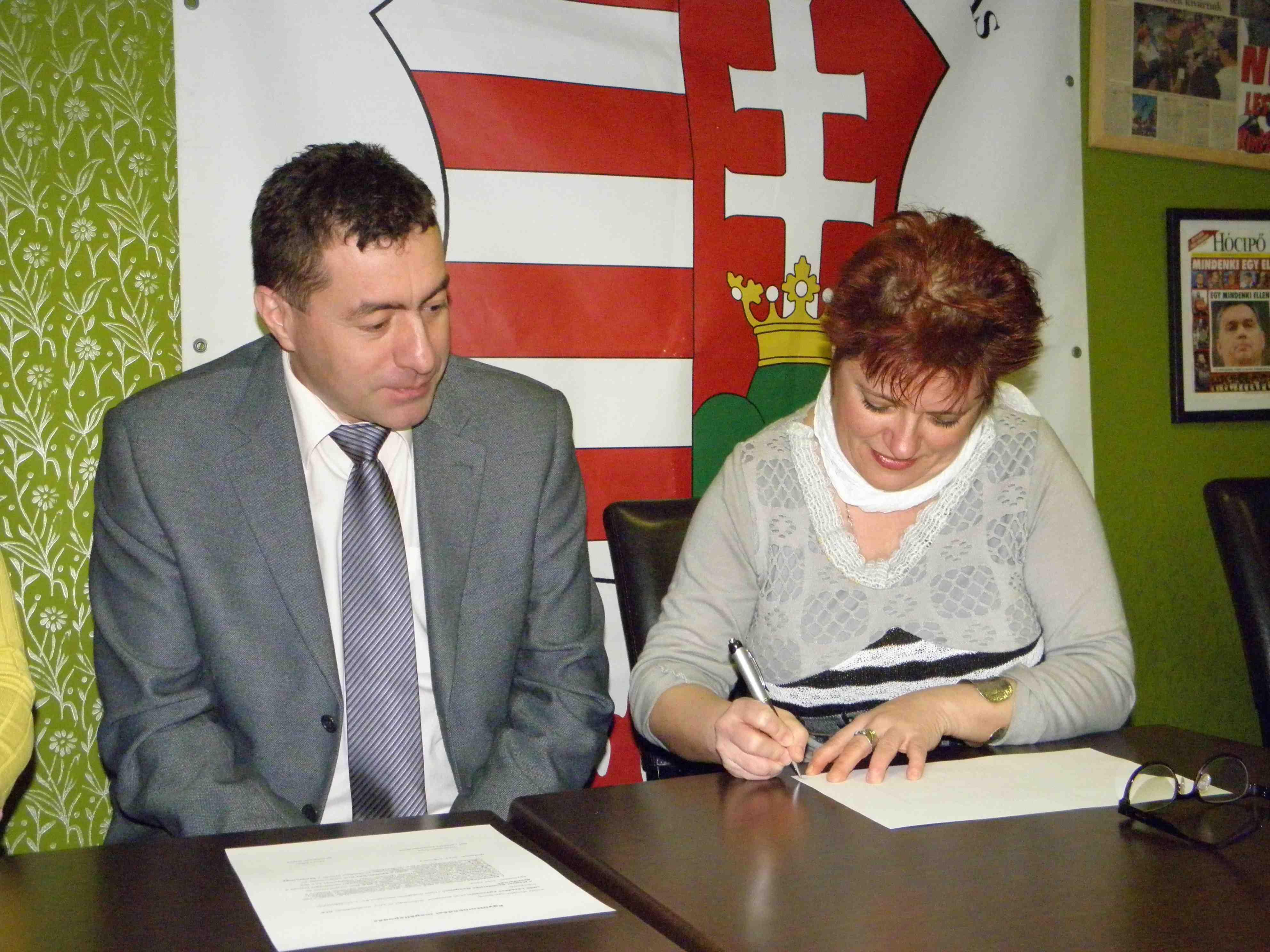 A Nők Lázadása Egyesület és a Magyar Szolidaritás Mozgalom együttműködési megállapodást kötött